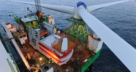 Building Alpha Ventus wind farm (source: REpower)