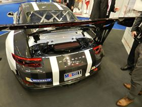 Toho Tenax Europe GmbH has manufactured an assembly carrier for the Porsche GT3 Cup II.