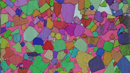 Bridging the gap - opening up large volumes to 3D electron microscopy