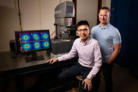 With collaborators, chemical and biomolecular engineering researchers Johnny Ching-Wei Lee (left) and Simon Rogers (right) are challenging previous assumptions regarding polymer behavior using their newly developed laboratory techniques that measure polymer flow at the molecular level. Photo: L. Brian Stauffer.