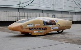 The BioMobile.ch is a prototype vehicle designed to minimise carbon dioxide emissions, in both its construction and its use.