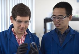 UCI engineering professor Alon Gorodetsky (left) and doctoral student Chengyi Xu (right). Photo: Steve Zylius/UCI.