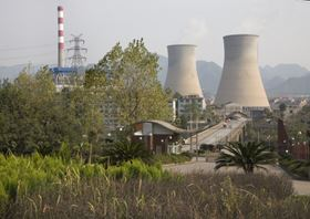 Coal-fired power station in China. Annual investment in FGD systems will be at least 50% more in China than in the US in coming years. (Picture © Bill Perry. Used under license from Shutterstock.com.)