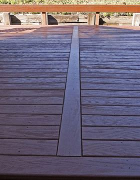 LifeTime Composites decking is extruded using polyurethane reinforced with recycled fly ash.