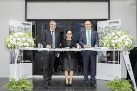 Inauguration of the new Arburg premises. From right: Andrea Carta, Ratree Boonsay and Dr Alexander Raubold, counsellor economic and commercial affairs of the German embassy in Bangkok. (Photo courtesy Arburg.)
