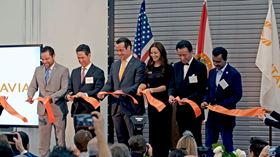 From left to right: Mayor Josh Levy, City of Hollywood; Masaki Nakajima, CEO and president of Sumitomo Corporation of Americas; Brian Neff, Sintavia CEO, Jana Neff, Sintavia co-owner; Toyoyuki Sato, corporate officer of Taiyo Nippon Sanso Corporation and Dr Wazir Ishmael, City Manager of Hollywood, Florida. (Photo courtesy Business Wire.)