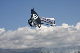 Fanatic Windsurfing uses Oxeon products its new board FreeWave TeXtreme.