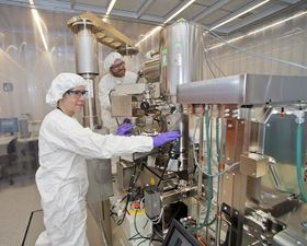 Gwen Wright and Aaron Stein at the electron beam lithography writer in the CFN cleanroom. Photo: Brookhaven National Laboratory.