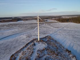 In February 2011 Gamesa concluded the supply, installation and start-up of its first wind farm in Sweden, comprising six G58 - 850 kW turbines, for wind power developer and consultant Triventus. The facility was assembled in just two months during the coldest winter on record in Sweden in 100 years. The fact that the turbines were all spread far apart from each other meant logistics planning and task and team coordination was crucial and complex.