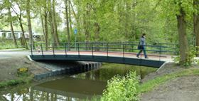 Lightweight Structures BV manufactured this composite bridge deck installed in Utrecht.