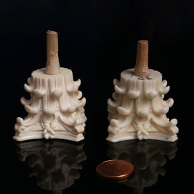 Identical parts made of ivory (left) and the new ivory substitute 'Digory' (right). Photo: TU Wien.