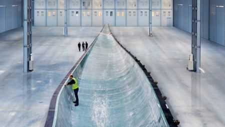 "Siemens unveils ""world's longest"" wind turbine blade"