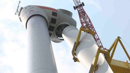 Husum Wind 2012: AREVA Wind showcases space-saving Single Blade Installation (SBI) system