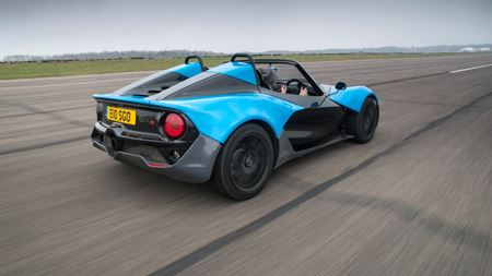 Hexcel carbon multiaxials selected for sports car chassis