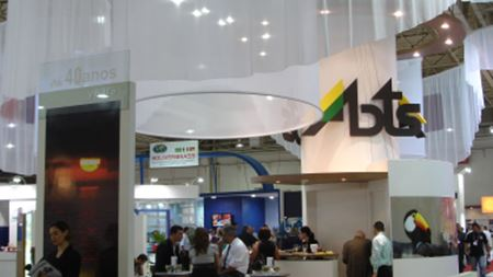 Thousands Flock to Brazil for EBRATS '09