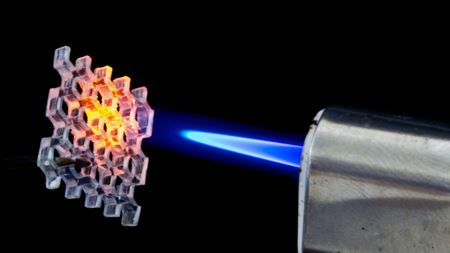 Nanocomposite makes printing glass a synch